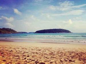nai harn beach 5