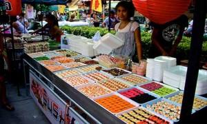 local food phuket Banzaan Fresh Market