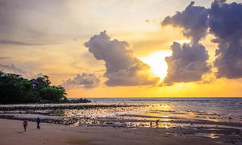kamala beach phuket 1
