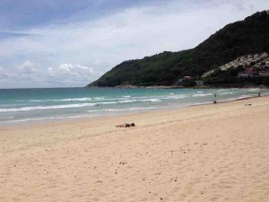 nai harn beach 3