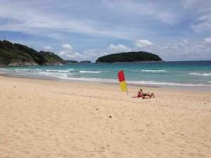 nai harn beach