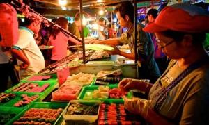 sightseeing phuket town 01 Naka Weekend Market