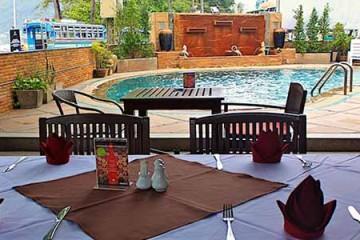 pappadams restaurant phuket patong beach front