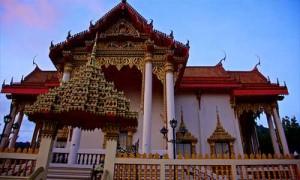 buddhist temple patong 3 Patong Beach Activities